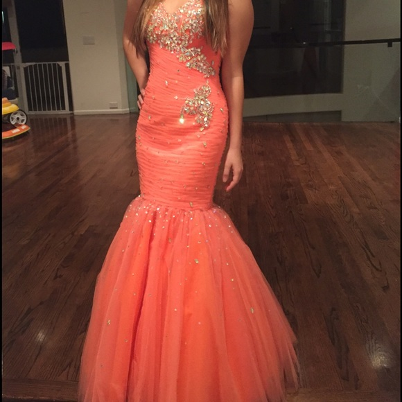 Sexy Mermaid Tulle Prom Dresses Sweetheart Neck Crystals Beaded Floor Length Party Dresses 2016