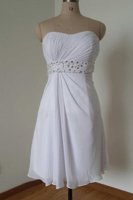 Short Chiffon White Homecoming Dresses Sweetheart Neck Beaded Party Dresses Mini