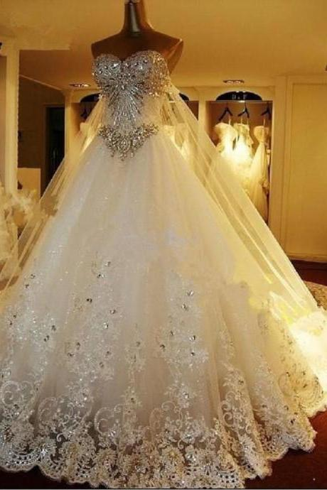 Shining Crystals Lace Wedding Dresses Sweetheart Tulle with Big tail