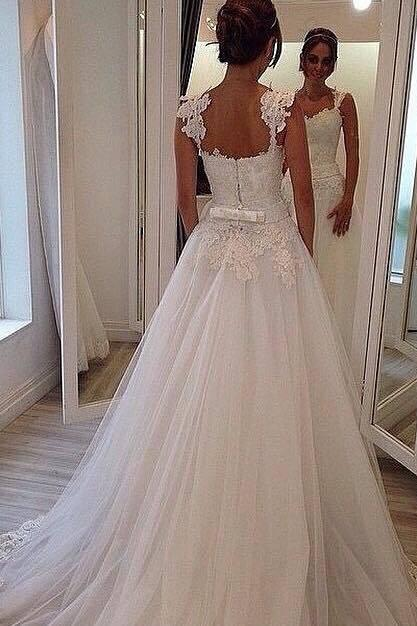 Romantic Tulle Wedding Dresses Lace A-line Bridal Gown Floor Length