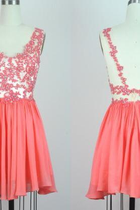 Short Chiffon Homecoming Dresses Appliques Beaded Party Dresses