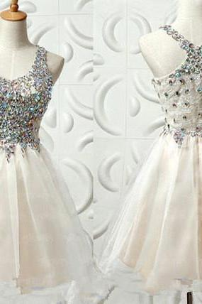 Short Tulle Homecoming Dresses Spaghetti Straps Crystals Beaded Party Dresses Mini Party Dresses