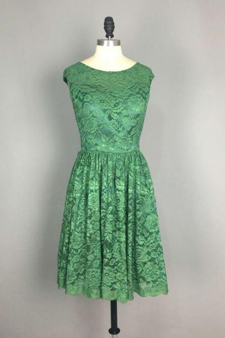 Scoop neck Short Lace Green Homecoming Dresses Mini Party Dresses Custom Made Women Dresses