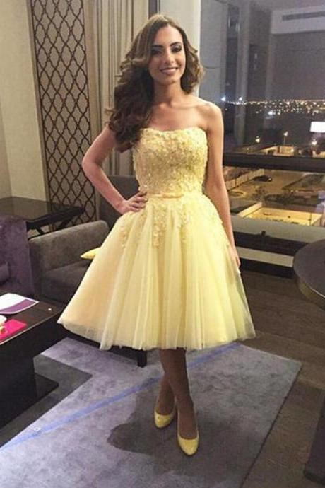 Yellow Tulle Homecoming Dresses Sweetheart Neck Lace Appliques Charming Women Party Dresses