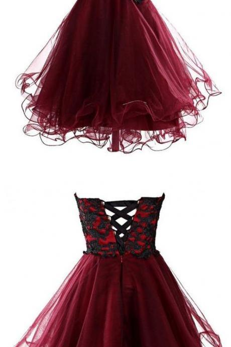 Wine Red Short Tulle Homecoming Dresses with Lace Appliques Sweetheart Neck Party Dresses