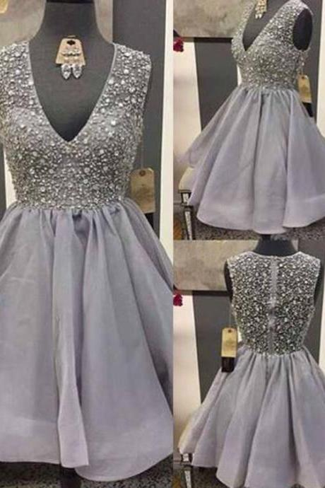 V-neck Short Tulle Homecoming Dresses with Crystals Mini Party Dresses