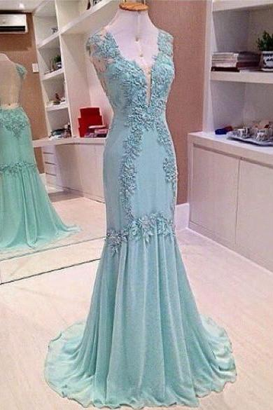 Mermaid Chiffon Prom Dresses V-neck Lace Appliques Women Dresses