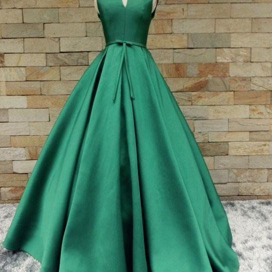 Scoop Neck Satin Prom Dresses Long Women Dresses