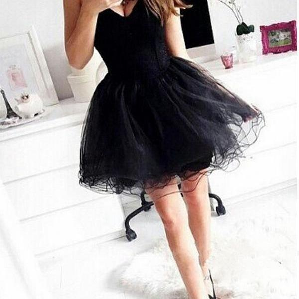 Sweetheart Neck Short Black Tulle Homecoming Dresses Strapless Women Dress