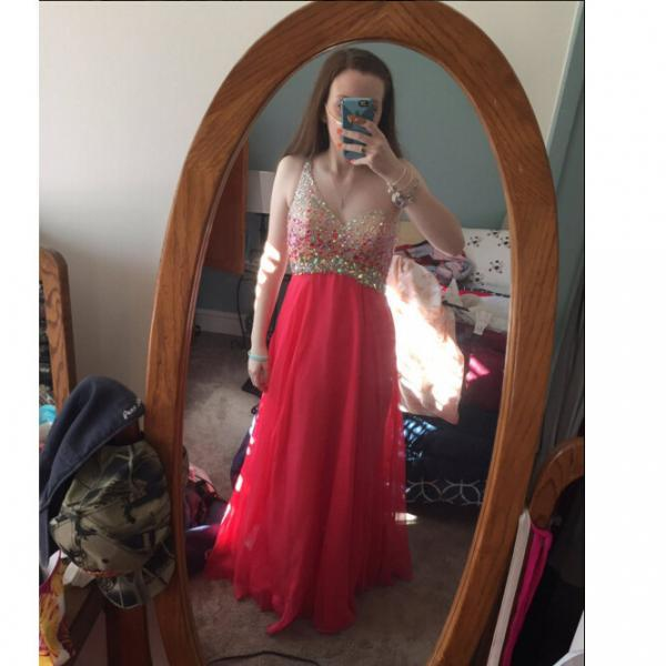 V-neck Red Long Chiffon Prom Dresses Crystals Women party Dresses